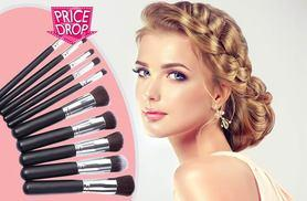 £5 instead of £18.80 (from LaRoc) for a 10-piece Kabuki makeup brush set - save 73%