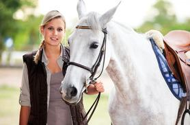 £29 for a one-hour horse riding experience at one of 15 UK locations from Buyagift