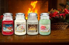 £14.99 instead of £21.99  for a Christmas Yankee Candle® – save 32%