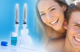£7 instead of £35.99 (from Get Gorgeous) for a California Smile home teeth whitening kit - save a shiny 81%