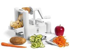 £9.99 instead of £25 for a 3-blade vegetable spiral slicer from Zoozio - save 60%