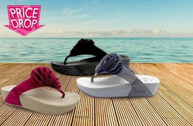 £8 instead of £29.99 (from SalonBoxed) for a pair of 'toning' flip flops - choose from pink, black or grey and save 67%