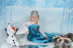 £9 instead of £65 for a kids' Frozen-inspired ice princess photoshoot and one print with Ice Princess Photos, Hornchurch - save a cool 86%