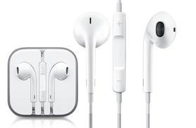 £7.99 instead of £22.01 for a pair of Apple EarPod earphones with built in remote and mic - save 64%