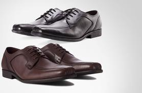 £25 for a pair of men's cushion step leather Gibson shoes - choose from two seriously stylish colours