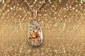 £9 instead of £65 (from Your Ideal Gift) for a large rose gold-plated solitaire amber leaf pendant made with Swarovski elements - save 86%