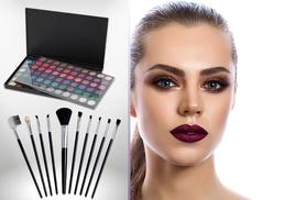 £5 instead of £36.94 (from SalonBoxed) for a 120-colour bright eyeshadow palette with 10 brushes - get glam and save 86%