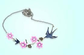 £5 instead of £20 (from Alvi's Fashion) for a statement bird necklace - save 75%