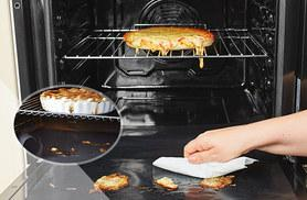 £4.98 instead of £19.99 (from Sashtime) for two non-stick oven liners - save 75%