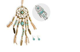 £7 instead of £39 (from India Rose Designs) for a dreamcatcher necklace and earring set – choose from silver or gold and save 82%