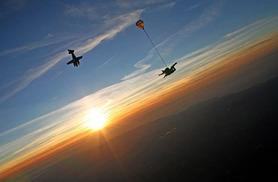 £149 for an introduction tandem skydive including safety briefing and equipment in Honiton, Devon from Buyagift