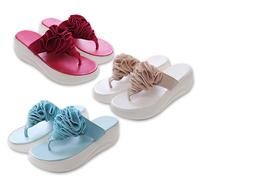 £9.99 instead of £29.99 (from EFMall) for a pair of platform flip-flop sandals - choose from three colours and save 67%