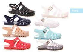 £4.99 instead of £13.00 (from SoleWish) for a pair of jelly sandals - choose from two styles in a range of colours and save 62%