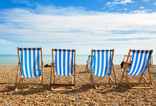 £89 for an overnight Brighton stay for two people with breakfast, £115 to include dinner at 4* Mercure Brighton - save up to 54%