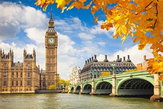 From £149pp (with SuperBreak) for a two-night 4* London stay including breakfast, river cruise, bottle of Prosecco and return train tickets!