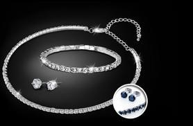£18 instead of £118 (from Zoo Jewellery) for a tri set made with Swarovski Elements in black or clear - save 85%