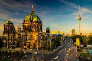 From £79pp (from Weekender Breaks) for a 2-night 4* Berlin break for 2 including flights, from £109pp for 3 nights - save up to 43%