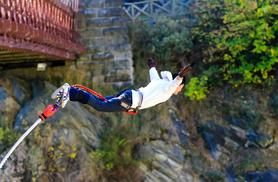 £59 for a bungee jump experience valid at 10 locations across the UK from Buy a Gift!
