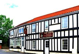 £49 for an overnight stay for two people with dinner and a bottle of wine, £69 for two nights at The Loco, Haxey - save up to 59%