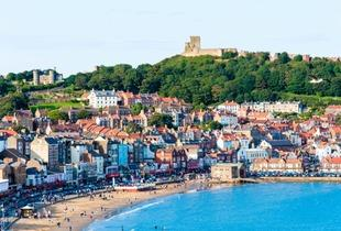 £49 for an overnight stay for two people with wine on arrival and breakfast, or £69 for two nights at Scarborough Travel & Holiday Lodge - save up to 32%