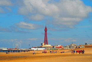 £59 (at The Canberra) for a two-night Blackpool stay for two with breakfasts, wine, parking and late checkout, £79 for three nights, £99 for four nights - save up to 61%