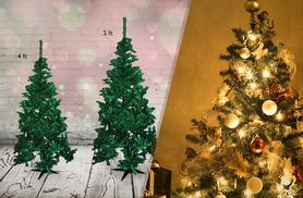 £11 instead of £29.99 (from Discount Trees) for a 4ft artificial Christmas tree, or £15 for a 5ft tree - save up to 52%
