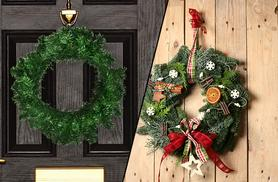 £8.99 for a festive Christmas wreath from Wowcher Direct!