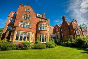 £69 for a charming overnight escape for two at a choice of 190 handpicked locations from Buyagift!