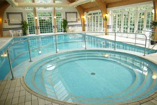 £109 (at Mercure Tunbridge Wells Hotel) for a 4* overnight stay for two including dinner, breakfast and spa access - save up to 34%