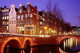 From £99pp (from ClearSky) for a 2nt Amsterdam break including flights and a sightseeing canal cruise, or from £139pp for 3nts - save up to 38%