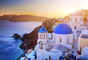 £49 (from Blue Diamond Bay Hotel) for a 3nt Santorini break for 2, £79 for 4nts, £109for 5nts or £169 for 7nts - save up to 43%