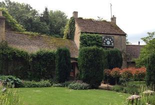 £59 (at The Wild Duck, Ewen) for an overnight Cotswolds break for 2 including breakfast, or £89 for a 2-night break - save up to 46%