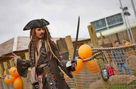 From £4 for an 18-hole pirate adventure golf experience including a hot drink at Pirate Island Adventure Golf, Castleford - save up to 59%