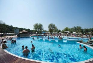 From £299 (from Ignas Tour SPA) for a 7-night holiday at the 4* Spina Camping Village for up to 5 people inc. 2-day entry to Mirabilandia theme park!
