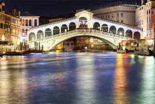 From £129pp instead of £171.35pp (from Weekender Breaks) for a 2nt Venice and 2nt Florence break, including flights, breakfast and train transfers - save up to 25%