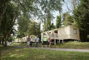 £139 (from Park Resorts) for a 3nt weekend or a 4nt midweek Isle of Wight caravan break for up to 6 at a choice of holiday parks (inc. return car ferry) - save up to 52%