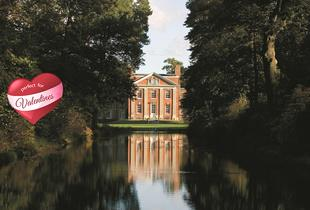 £79 (at DeVere Warbrook Mansion House) for a Hampshire stay for two including dinner, £129 for Valentine's dinner & Prosecco, £169 for two nights - save up to 44%