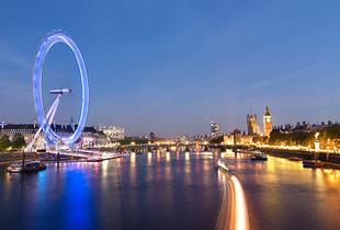 £69pp instead of £104.10pp (with OMGhotels.com) for a London stay with breakfast and a 24-hour river cruise pass - save up to 34%