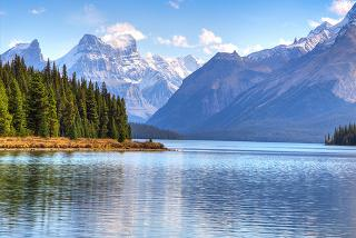 From £749pp  (from Crystal Travel) for a 7nt trip to Canada, flights and transfers plus optional tours, or from £849pp for a 10nt trip or pay a £400 deposit today - save up to 41%