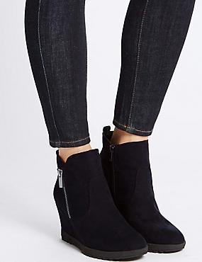 Wedge Heel Ankle Boots, NAVY, catlanding
